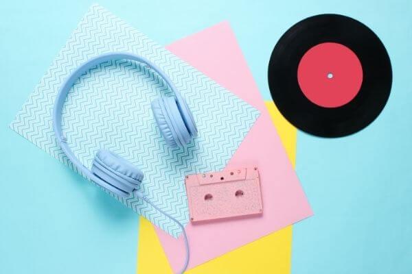 『Amazon Musicアプリを閉じる』Amazon Echoの曲再生は止まるの?2